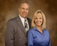 Lynn and Donna Rasmussen